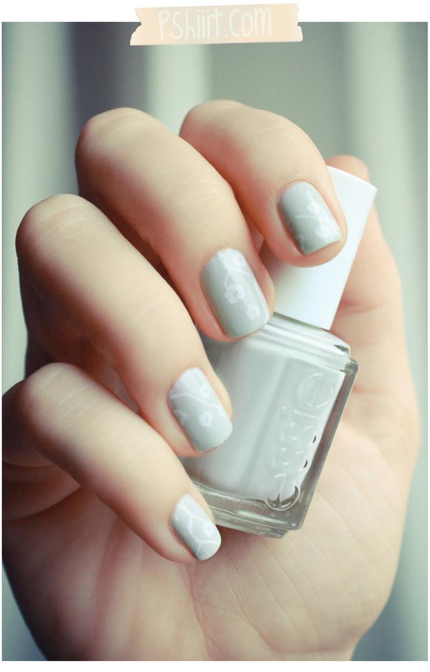 Pastel Floral Manicure