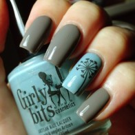 Grey-and-Blue-Nails