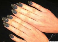 Grey-Nails-with-Glitter