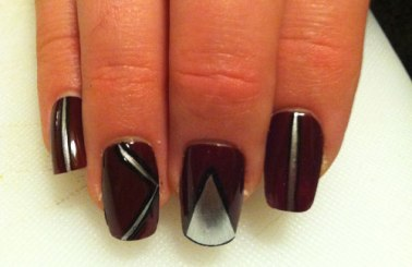 Red-and-Sliver-Nails