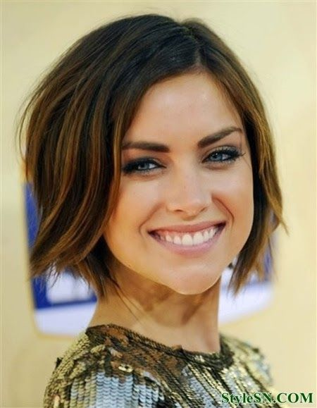 Beautiful-Short-Wavy-Bob-Hairstyle