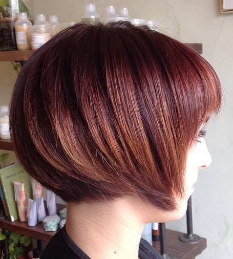 Trendy-Short-Red-Bob-Hairstyle-for-Girls