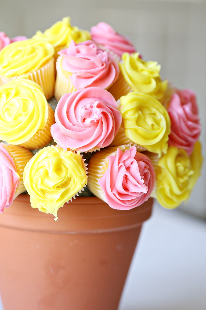 Flower-Cupcake-Bouquet-7-copy